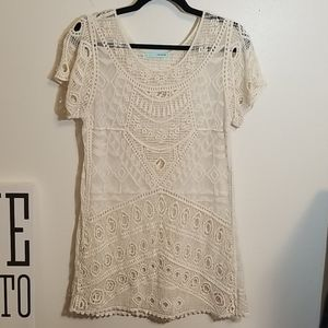 Gently Luvved Maurices Lace Embroidered Top